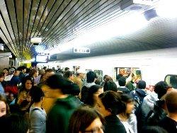 subwaycrowd